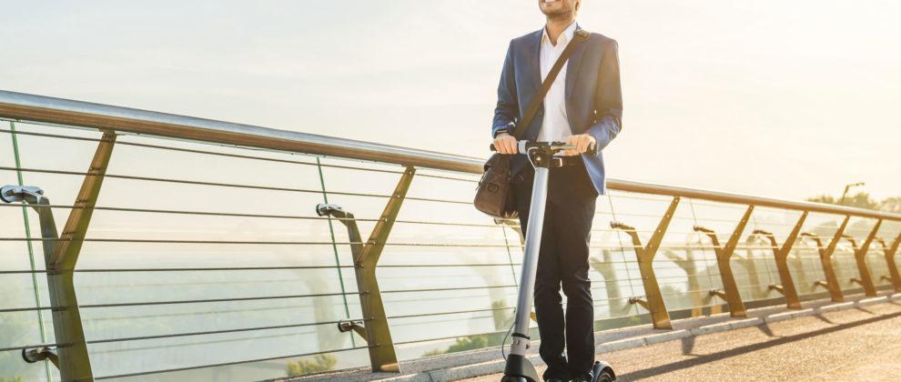 Écomobilité au rendez-vous avec cette trottinette électrique personnalisable à vos couleurs